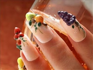 Nail Polish Trends for Fall 2010 (4/6)