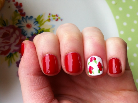 March Manicure Madness, Day Nine: Snow White, Rose Red (5/6)